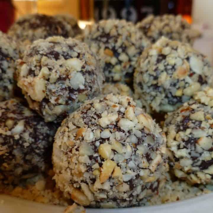 Bittersweet Chocolate-Hazelnut Truffles