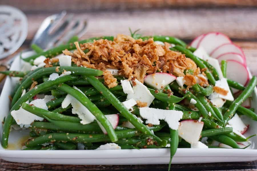 green bean salad with crispy fried onions