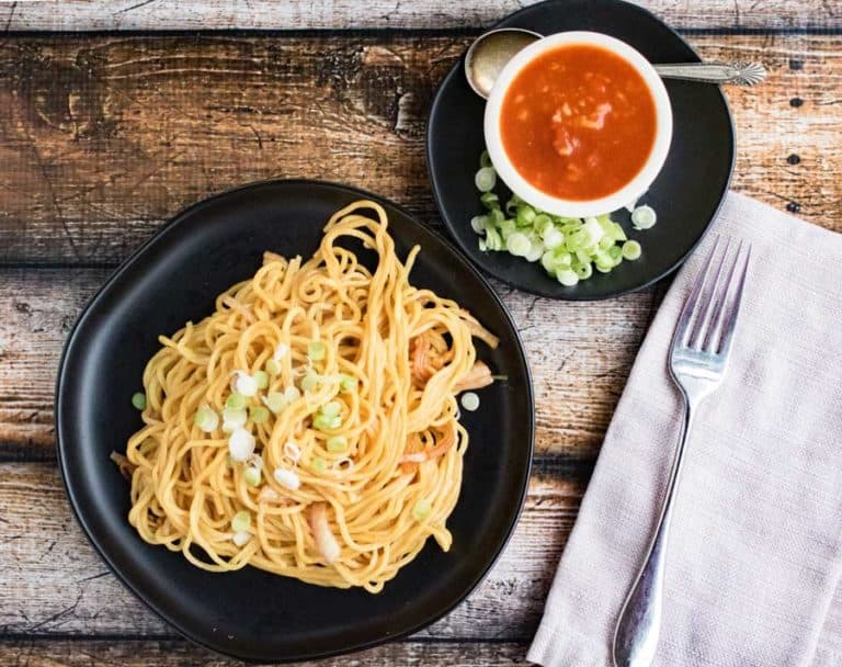 garlic noodles with hot sauce burma superstar