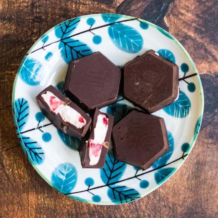 Chocolate Covered Strawberry Cheesecake Bites