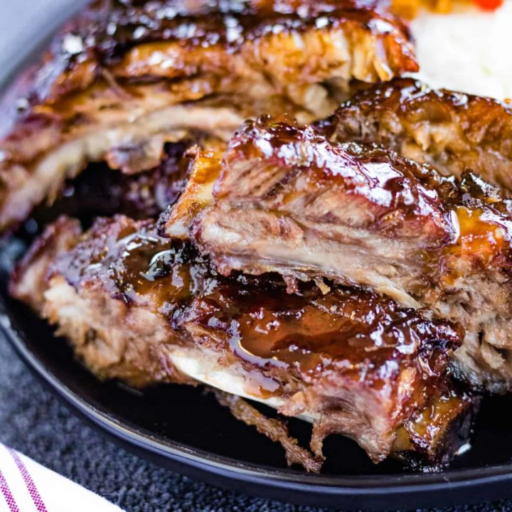 close up photo of the cooked ribs