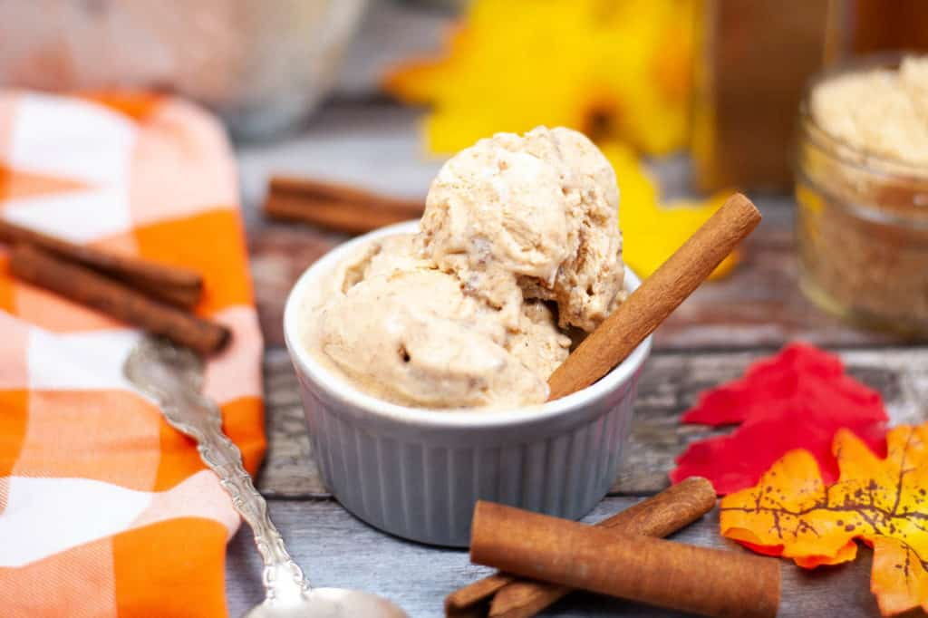 Low angle shot of a ramekin filled with pumpkin cinnamon ice cream
